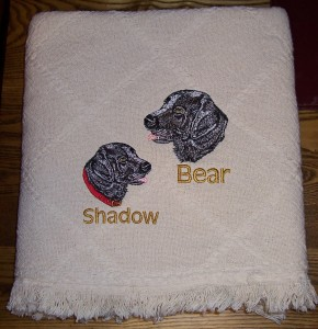 Shadow & Bear Pet Throw